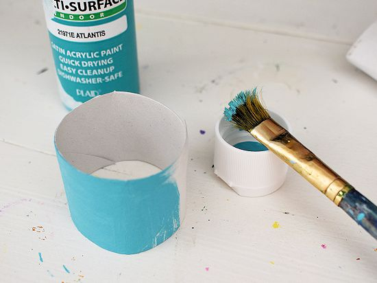 Paint the cardboard roll strips.